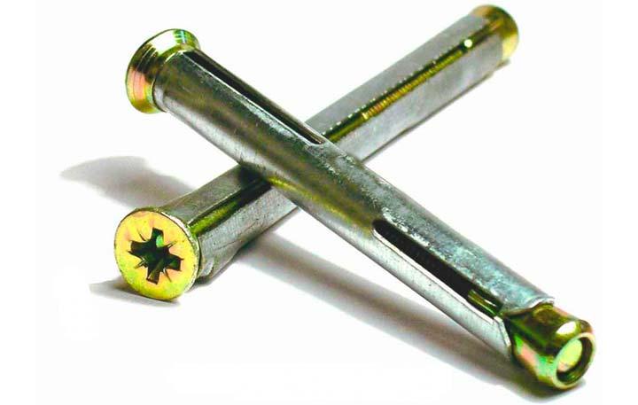 Металлические анкеры от крипа в полу