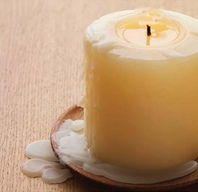 Восковая свеча поможет избавиться рот скрипа деревянных полов