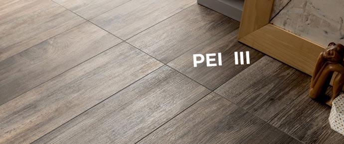 Плитка на полу под дерево с маркировкой PEI III
