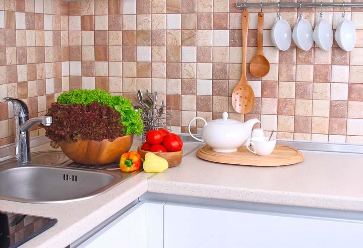 Плитка на фартуке кухни