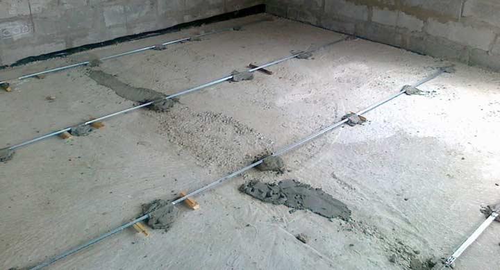 Укрепление шуупов маяков цементным раствором