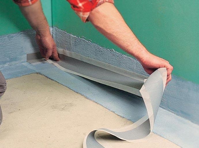 Наклейк гидроизоляционной ленты
