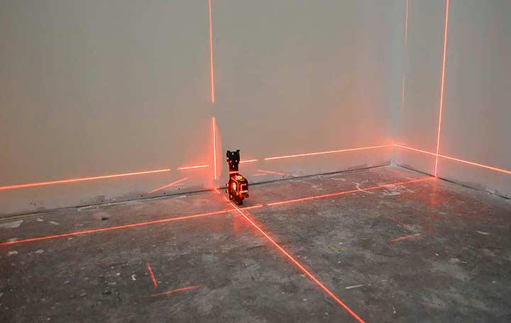 Проверка ровности лазерным уровнем