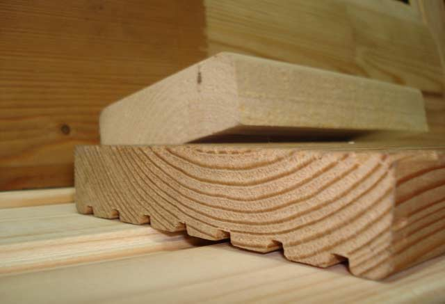 Палубная доска из древесины сосны
