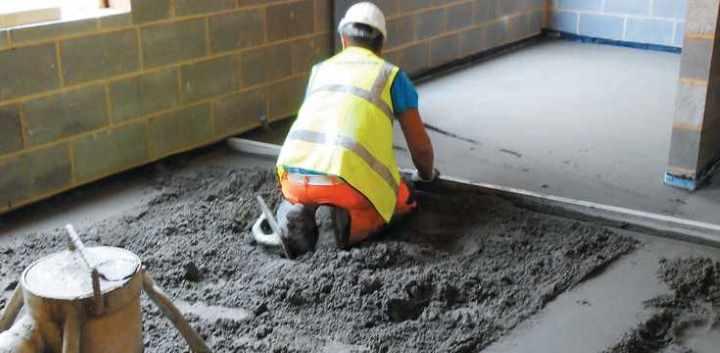 Как выглядит процесс бетонирования пола